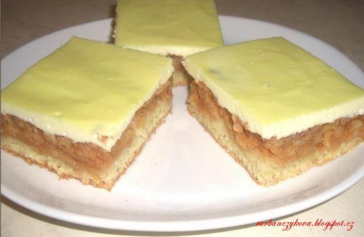 Jablečno-tvarohový+koláč