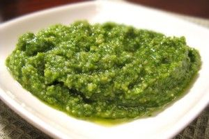 Соус песто - пикантное дополнение любого блюда - Рецепты. Кулинарные рецепты блюд с фото - рецепты салатов, первые и вторые блюда, рецепты выпечки, десерты и закуски - IVONA - bigmir)net - IVONA bigmir)net