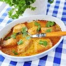 Röd currylax med wokade grönsaker