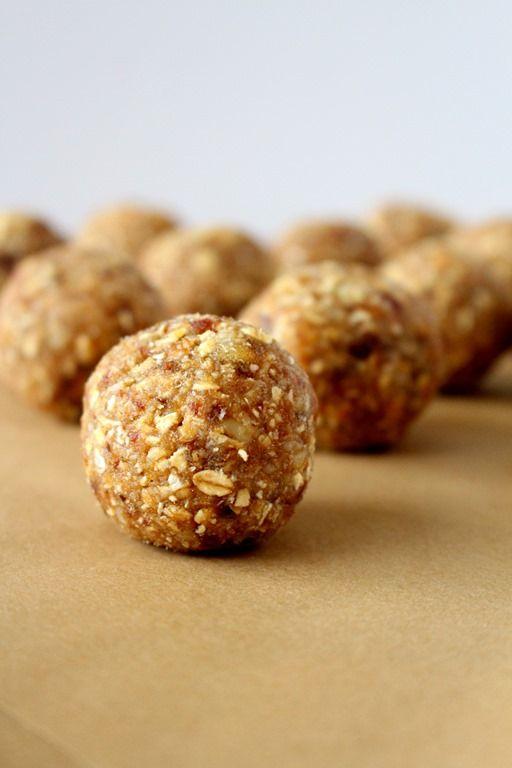 Oatmeal Walnut Energy Bites