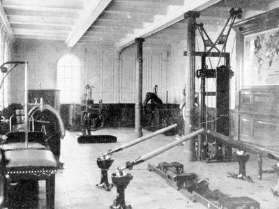 Titanic Gym-Zander maschines included