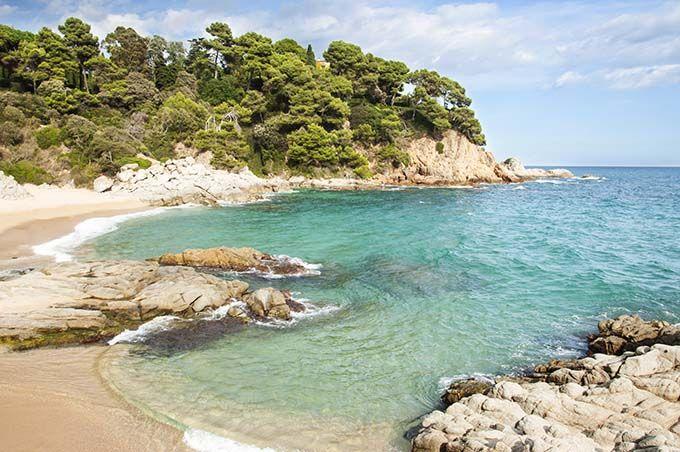 Cala Boadella, el ejemplo que prueba que en Lloret también se puede estar tranquilo. Catalonia.