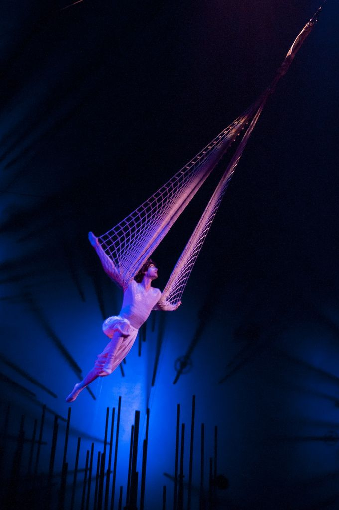 25 best ideas about cirque du soleil on pinterest for Outer space design melbourne