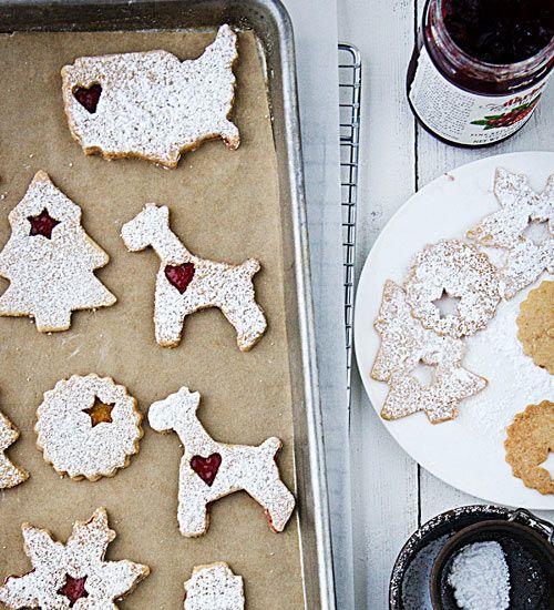 sweet linzer cookies via #design*sponge