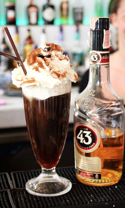 Spanish Coffee Recipe: - 4 cl Licor 43 - Fill with Coffee - 3 cl Whipped cream (float) Glass: Coffee Mug Ice: None Method: Build, stir and float Garnish: 3 coffee beans