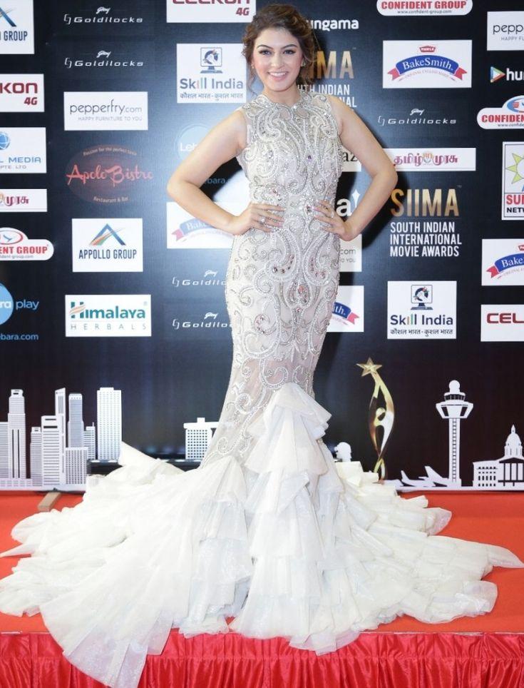 Hansika Photos In White Dress At SIIMA Awards