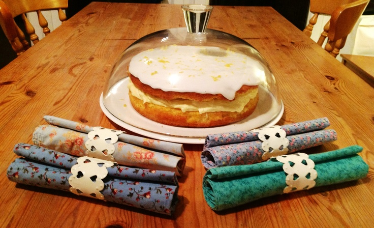 Napkins ready for action! (gluten free lemon cake made using good ol'Delia Smith recipe).
