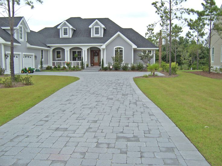 17 best images about driveways by sunshine hardscape on for Driveway apron ideas
