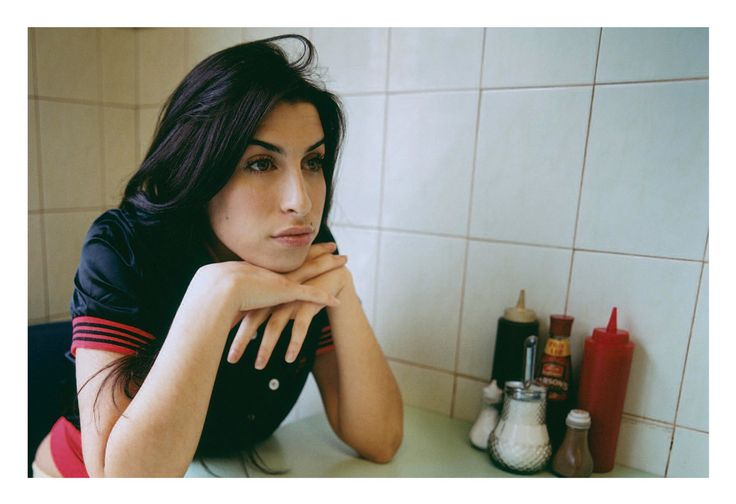 """lesbianaunt: """" """" Amy Winehouse photographed in London in 2004 """" omg this is stunning """""""