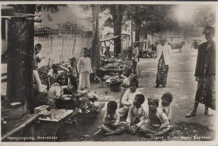 Sebuah Kampung di Surabaya. tahun tidak diketahui
