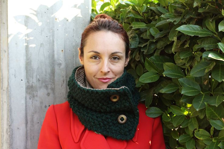 Handmade, knitted, woolly, green and brown neckwarmer with buttons * Scaldacollo a maglia verde e marrone by asilehandmadewlove on Etsy