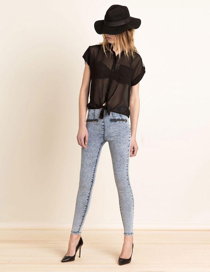 Jegging taille haute bleach - http://www.jennyfer.com/fr-fr/collection/jeans/jegging-taille-haute-bleach-10006951016.html