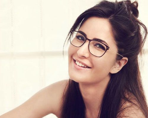 Latest list of top 10 Katrina Kaif movies 2017 and upcoming new Bollywood films Jagga Jasoos and Tiger Zinda Hai (2017). Best of Katrina Kaif movies.