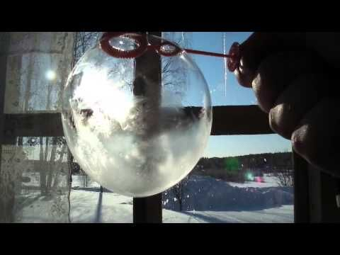 Cool science experiments to do in FREEZING COLD weather….  The kids will love them!
