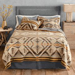 Southwestern bedding- feels like home for a Colorado girl