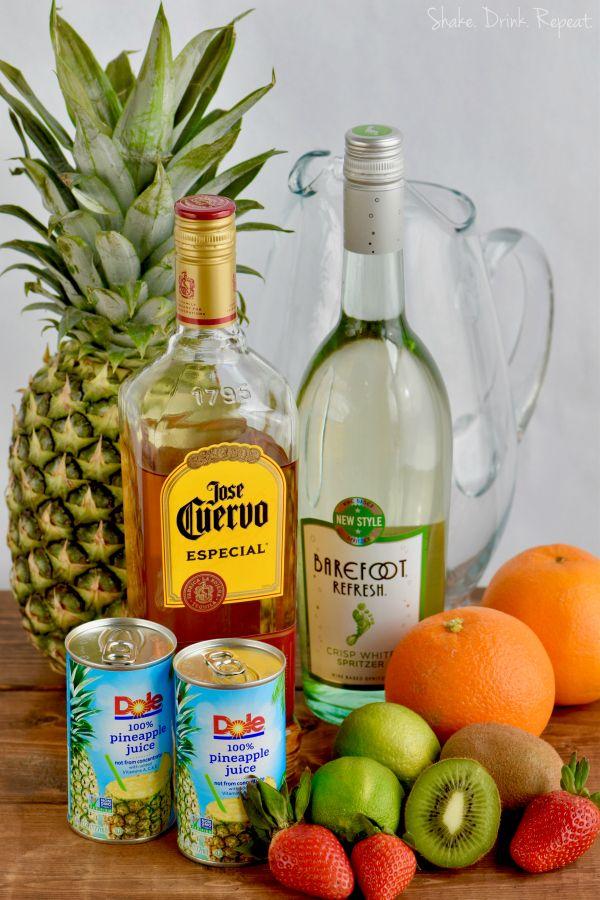Only a few sangria ingredients are needed for this amazing cocktail!