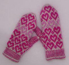 Ravelry: Valentine mittens pattern by Anita Viksten