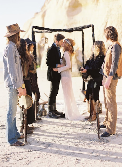 gypsy punk wedding - retro 70s vibe, This would be awesome..... HIPSTER ALERT HIPSTER ALERT HIPSTER ALERT. WATCH OUT, ONE HAS A TAMBOURINE. I REPEAT, THE HIPSTER IS ARMED AND DANGEROUS.
