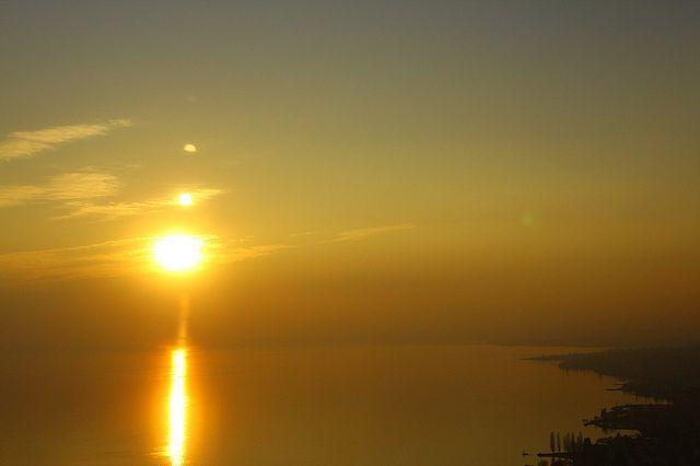 Le Soleil brille grâce aux réactions de fusion nucléaire qui ont lieu en son cœur. © Airflore, Flickr, CC by-nc-nd 2.0