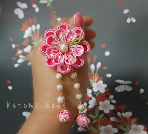 katumi made *つまみ細工の簪(かんざし)髪飾り、つまみ細工のshop*つまみ細工の簪Uピンセット玉下がり付き、ピンク系