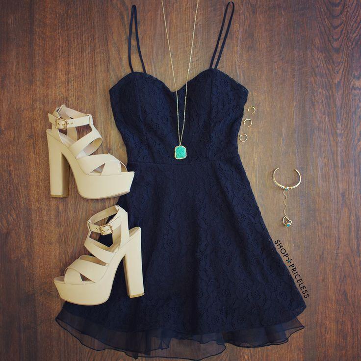 Sia Lace Dress - Black