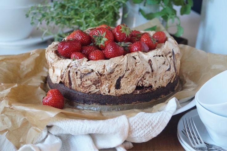 Herrhavreflarn - Brownie-Marängtårta med chokladswirl.