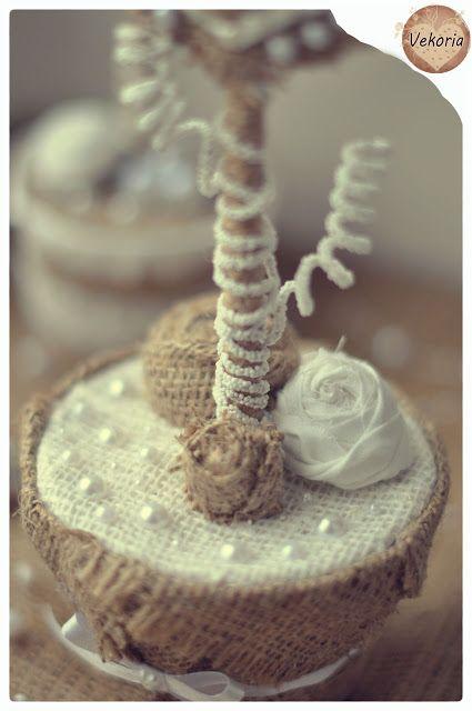 мешковина,изделия из мешковины,поделки из мешковины,сердца из мешковины,сердца из кружева,сердца из кружева и мешковины,валентинки,подарки к дню валентина,подарки ко дню влюблённых,винтаж,винтажный валентинки,топиарий,декоративное дерево,дерево люби,украшение для интерьера,ручная работа,векория,сокур виктория,vekoria,дерево любви,,кружево,нежные валентинки,необычные валентинки,эксклюзивные изделия,дизайнерские изделия,