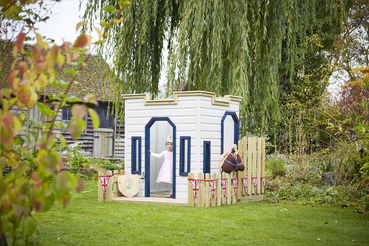 Children can be the Kings or Queens of their very own castle with this lovely castle style playframe.  Built primarily with younger children in mind, this mini-castle offers boys and girls a play space to call their own, allowing them to embark on lots of adventures in the safety of their own garden.