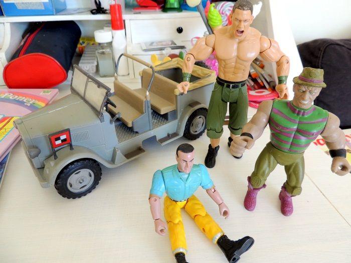 Voiture Hasbro Indiana Jones - Figurine John Cena WWE
