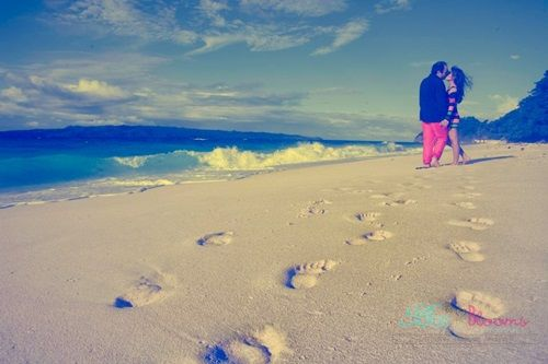 A Boracay Pre-Nup Ideas inspiration from Boracay Bells N Blooms - www.boracaybellsnblooms.com #boracaywedding #wedding #beachwedding