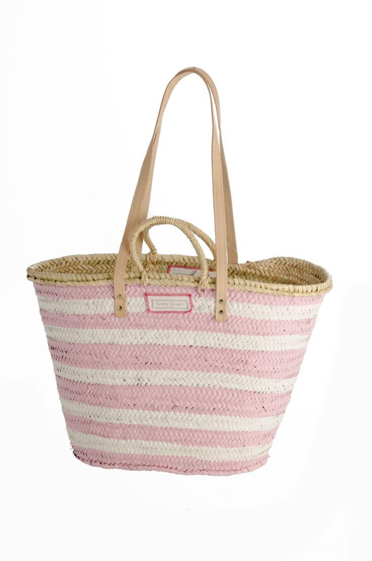 die besten 25 strandtasche bast ideen auf pinterest strandtasche korb tragetaschen aus. Black Bedroom Furniture Sets. Home Design Ideas