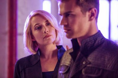 Kate Winslet and Theo James in DIVERGENT (2014)