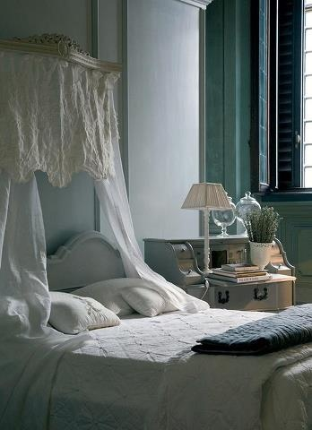 check out the shelf  above bed  Shabby bedroom