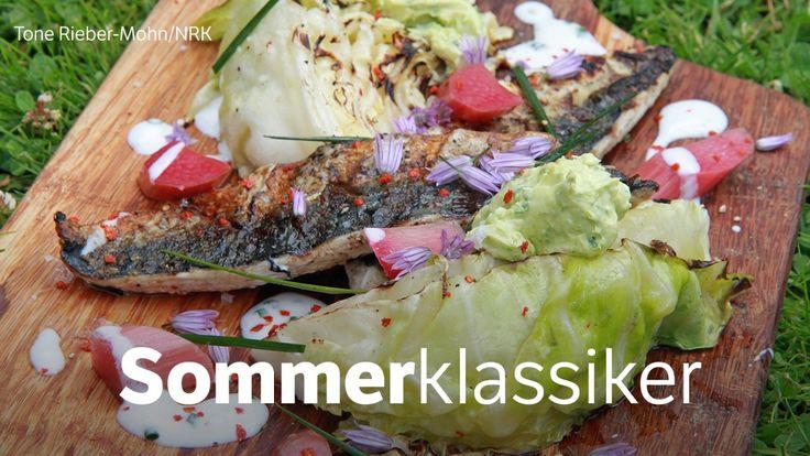 Makrell med sommerkål på grillen