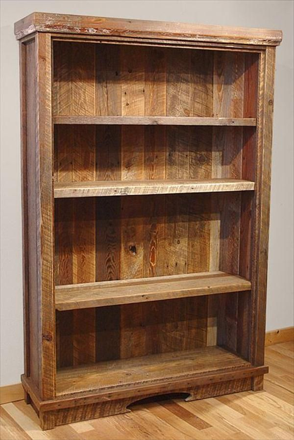 Recycled Pallet Wood #Bookcase - 7 DIY Old Rustic Wood Furniture Projects | DIY Recycled