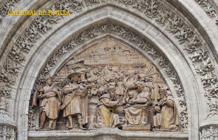 Detalle escultórico de la Catedral de #Sevilla