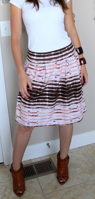 Rolled Up Pretty: Super Easy Skirt Tutorial!