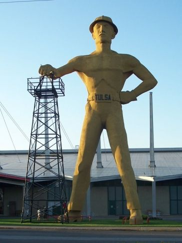 Route 66 The enormous Golden Driller at the Tulsa State Fairgrounds is a Route 66 icon.