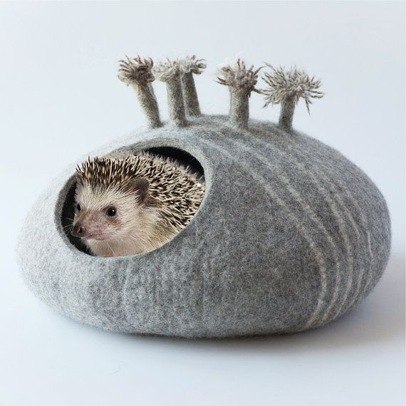Hedgehog bed/small animal cave/felted pet house/small pet