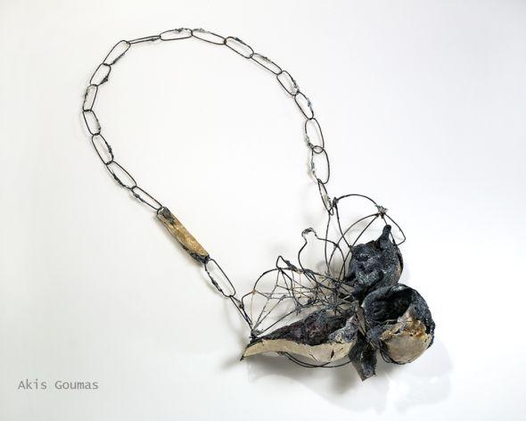 Akis Goumas, Spirits of a symposium, remnants of red wine, necklace, Premio Torre Fornello Gioielli in Fermento 2015