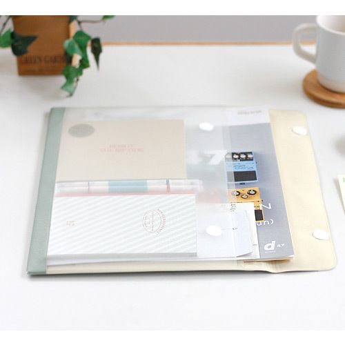 Iconic La mallette classic A4 pocket file folder document pouch