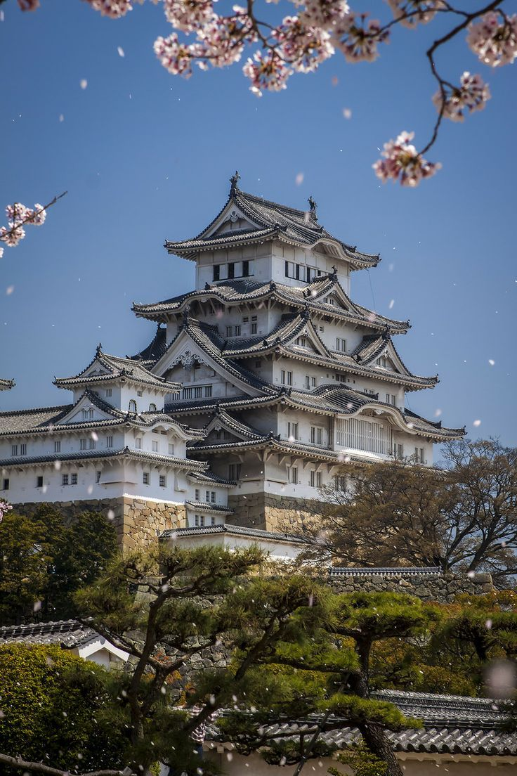 """Himeji Castle ❁❁❁Thanks, Pinterest Pinners, for stopping by, viewing, re-pinning, & following my boards.  Have a beautiful day! ❁❁❁ **<>**✮✮""""Feel free to share on Pinterest""""✮✮""""  #Japanese www.organicgardenandhomes.com"""