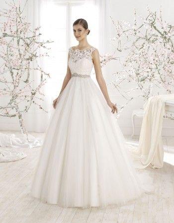 Rochie de mireasa din dantela, stil printesa, model 5479