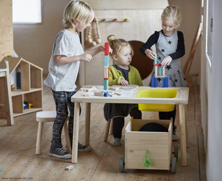 Jucăriile au ieșit din adăpost pentru o zi plină de joacă. #IKEApentrucopii