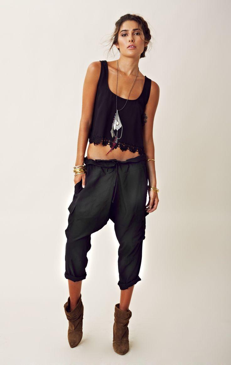 Slouchy pants & crop top