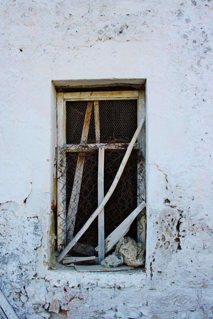 old window. polyrrinia. crete. greece  Photo: http://se.pinterest.com/berggren_f