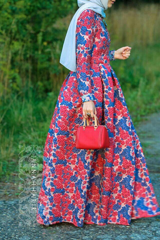 Flower maxi skirt by Anna Hariri
