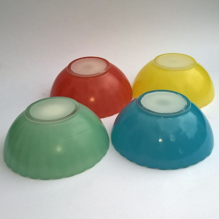 VINTAGE VERRE DURALEX 4 RAMEQUIN GLASS FRANCE COLOURED BOWLS YELLOW BLUE GREEN