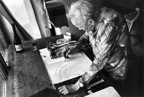 Jitka Válováčeská výtvarnice. Její tvorba byla úzce spojena s tvorbou její sestry – dvojčete Květy Válové. Studovaly společně VŠUP v Praze u prof. Emila Filly. Žily spolu v Kladně. Pracovala v oborech malba, kresba, grafika. Tvořila a vystavovala až do své smrti, převážnou část výstav měla se skupinou Trasa. Svůj výrazný talent uplatňovala ve figurální tvorbě. Její útlé a protáhlé postavy byly zachyceny v pohybu, vypovídají o vztazích, osudech, náladách, často v extrémních situacích