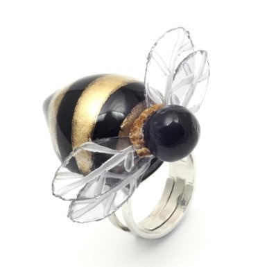 Small Bee Ring by Cilea